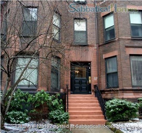 RIVERVIEWS!  Safe, Central City BOSTON  Condo--Walk Everywhere!  Flexible Dates. Home Rental in Boston, Massachusetts, United States 7