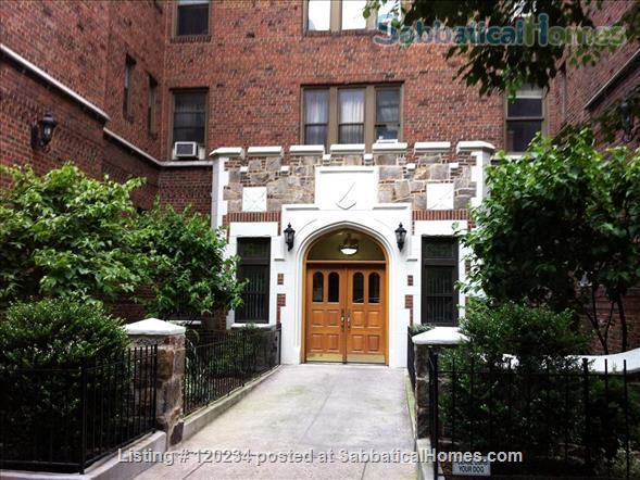 Fully Furnished Condo - housemate rarely there! Home Rental in Queens County, New York, United States 9