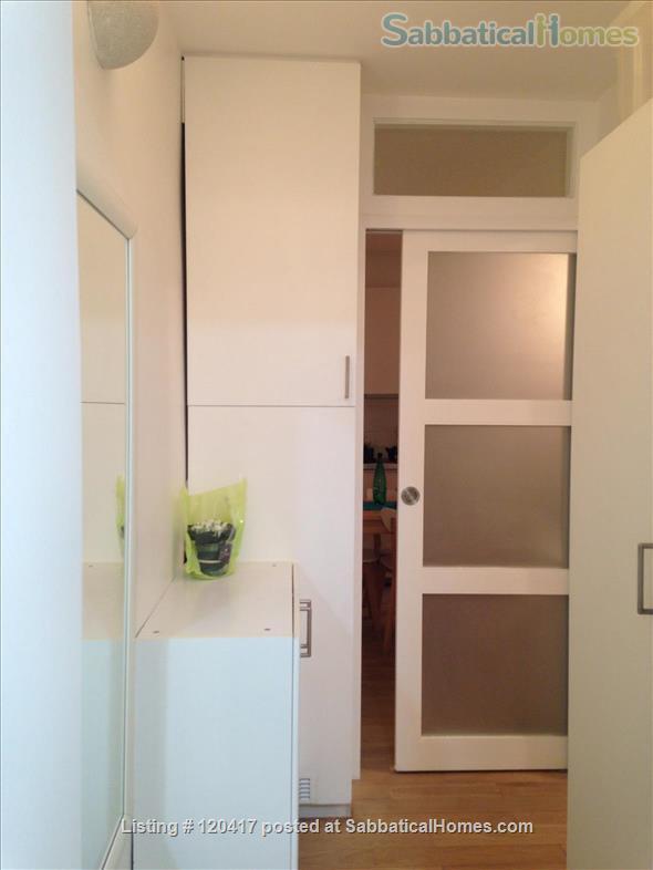Lovely, quiet, clear, modern apartment. Seine Rive Gauche/BNF neighbourhood. Home Rental in Paris, Île-de-France, France 4