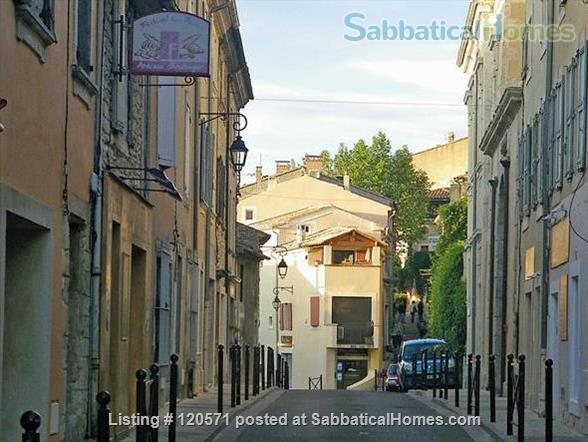 Experience Village Life in our Bonnieux (Luberon) Apartment Home Rental in Bonnieux, Provence-Alpes-Côte d'Azur, France 9