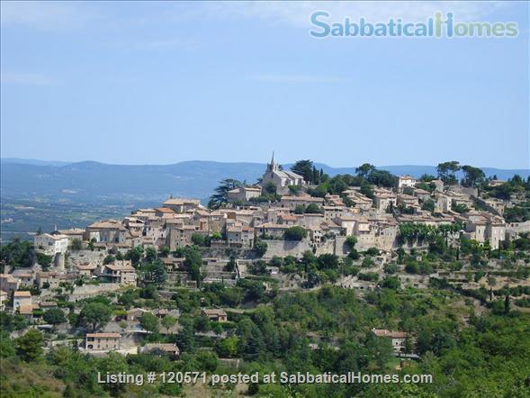 Experience Village Life in our Bonnieux (Luberon) Apartment Home Rental in Bonnieux, Provence-Alpes-Côte d'Azur, France 1