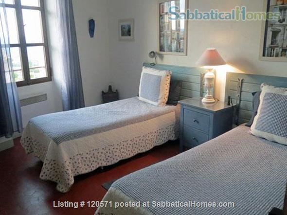 Experience Village Life in our Bonnieux (Luberon) Apartment Home Rental in Bonnieux, Provence-Alpes-Côte d'Azur, France 6