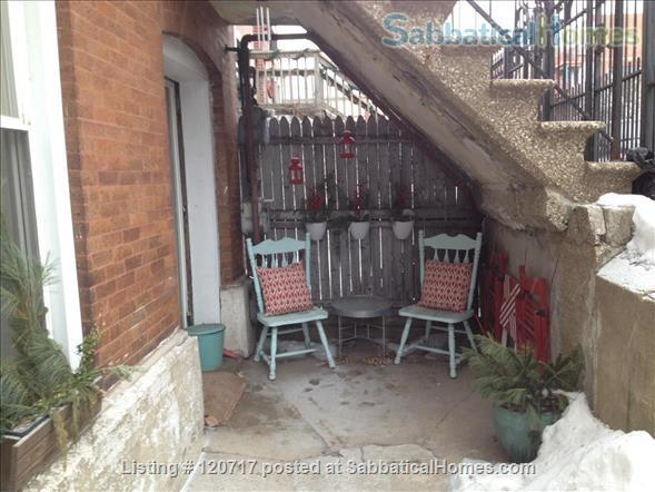 Cute and Cozy One Bedroom in the heart of Pilsen Home Rental in Chicago, Illinois, United States 6