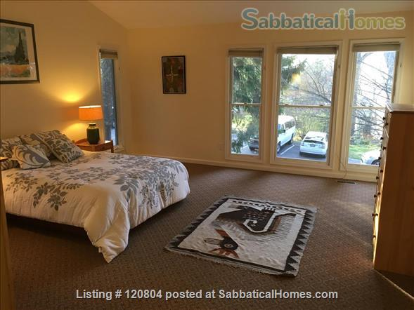 Beautiful modern home in Mt. Washington, Baltimore. Home Rental in Baltimore, Maryland, United States 3