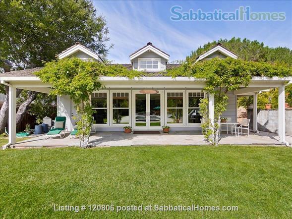 1 Bedroom, 1 Bath Cottage  Home Rental in Los Altos Hills, California, United States 1