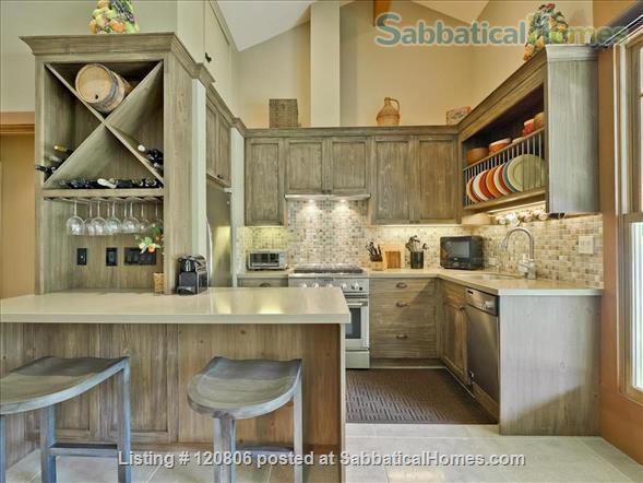 1 Bedroom, 1 Bath Cottage  Home Rental in Los Altos Hills, California, United States 3