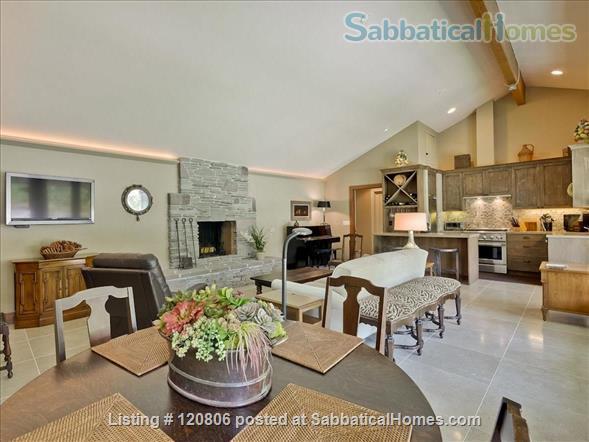 1 Bedroom, 1 Bath Cottage  Home Rental in Los Altos Hills, California, United States 4
