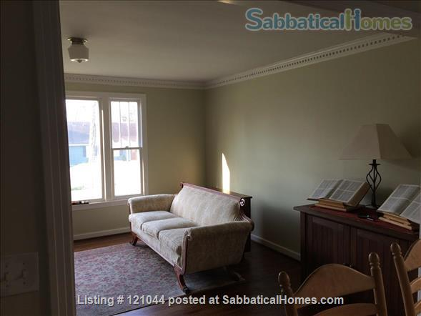 Walk/bike to campus: Renovated house Home Rental in Nashville, Tennessee, United States 2