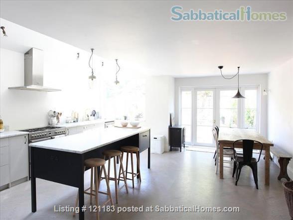 BEAUTIFUL INTERIOR DESIGNED SEMI-DETACHED VICTORIAN HOME IN LONDON Home Rental in London, England, United Kingdom 1
