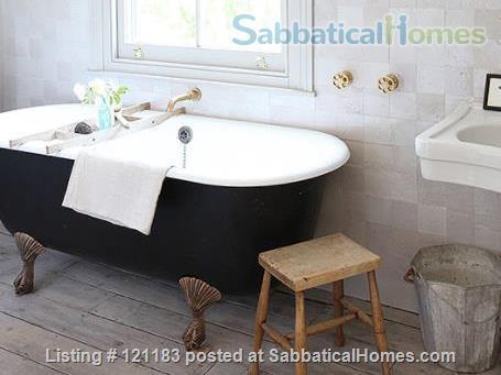 BEAUTIFUL INTERIOR DESIGNED SEMI-DETACHED VICTORIAN HOME IN LONDON Home Rental in London, England, United Kingdom 6
