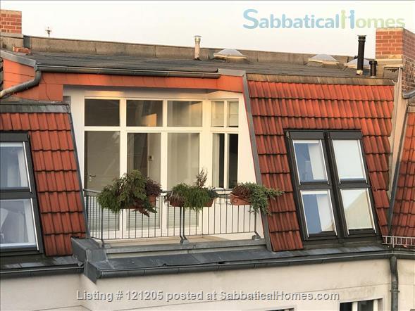 Luxury top-floor apt., 93qm & terrace in popular Bötzowviertel,  1-2 pers. Home Rental in Berlin, Berlin, Germany 8
