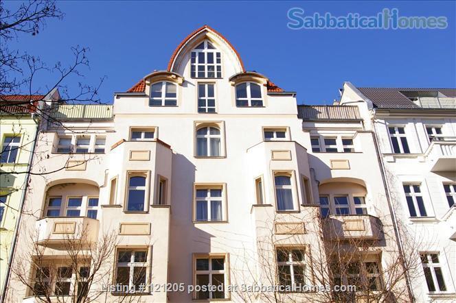 Luxury top-floor apt., 93qm & terrace in popular Bötzowviertel,  1-2 pers. Home Rental in Berlin, Berlin, Germany 0