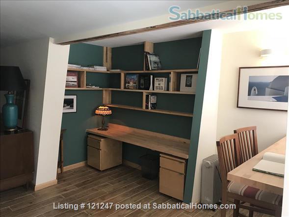 Ravensnest Bungalow - Sun-Filled English Basement Home Rental in Takoma Park, Maryland, United States 5