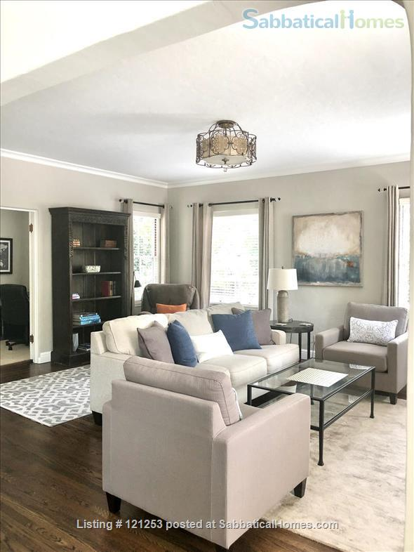 Exceptional Apartment. Fully Furnished 2 Bd 1.5 Ba + Office. Downtown North Home Rental in Palo Alto, California, United States 0