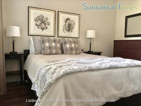 Exceptional Apartment. Fully Furnished 2 Bd 1.5 Ba + Office. Downtown North Home Rental in Palo Alto, California, United States 4