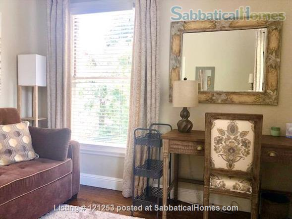 Exceptional Apartment. Fully Furnished 2 Bd 1.5 Ba + Office. Downtown North Home Rental in Palo Alto, California, United States 5