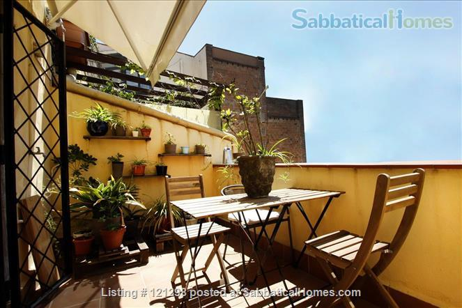 Awesome atic with terrace in Barcelona center  Home Rental in Barcelona, CT, Spain 1