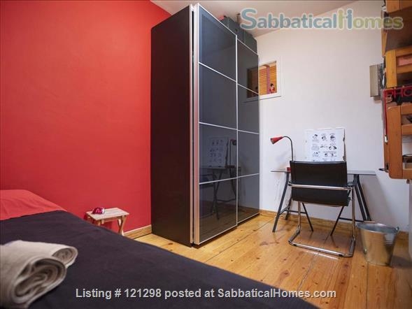 Awesome atic with terrace in Barcelona center  Home Rental in Barcelona, CT, Spain 2