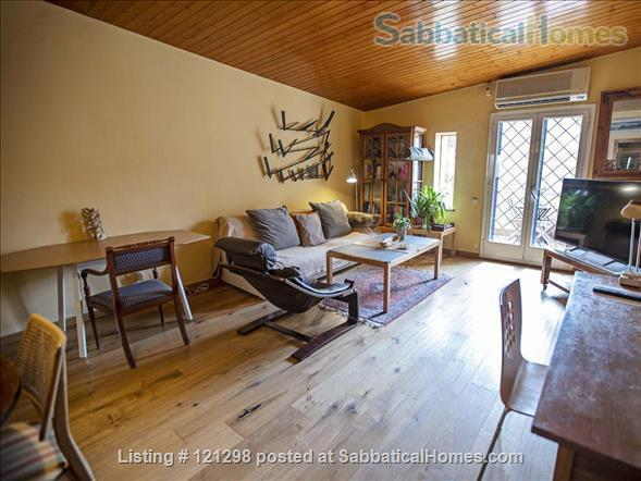 Awesome atic with terrace in Barcelona center  Home Rental in Barcelona, CT, Spain 8