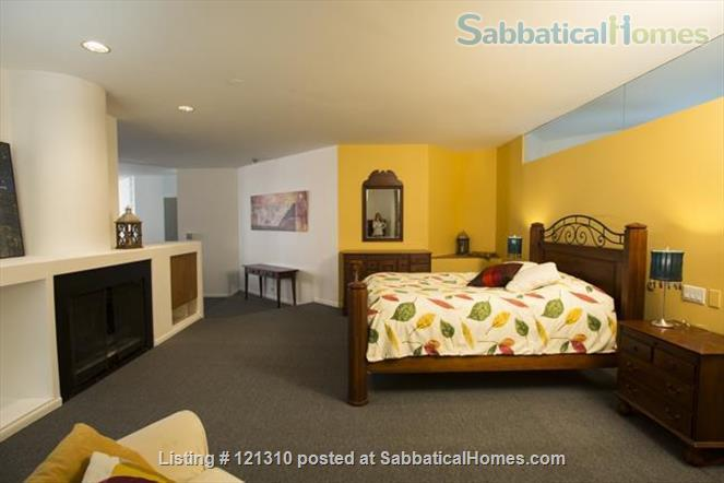 """Loft in """"West Town"""" Home Rental in Chicago, Illinois, United States 1"""