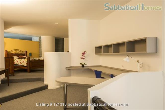 """Loft in """"West Town"""" Home Rental in Chicago, Illinois, United States 2"""