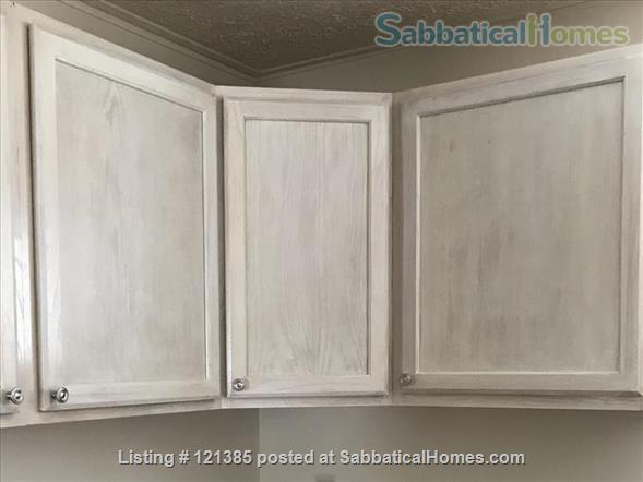 2 Bedroom apartment in quiet location Home Rental in Ithaca, New York, United States 6
