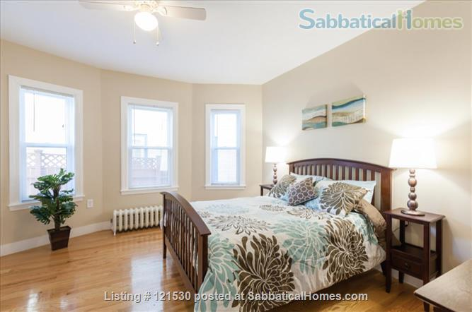 $3450 / 3br - 1000ft2 - Furn. Reno Apt w Washer/Dryer in Units, nr Tufts. Home Rental in Medford, Massachusetts, United States 1