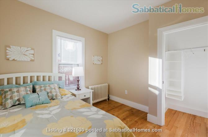 $3450 / 3br - 1000ft2 - Furn. Reno Apt w Washer/Dryer in Units, nr Tufts. Home Rental in Medford, Massachusetts, United States 4