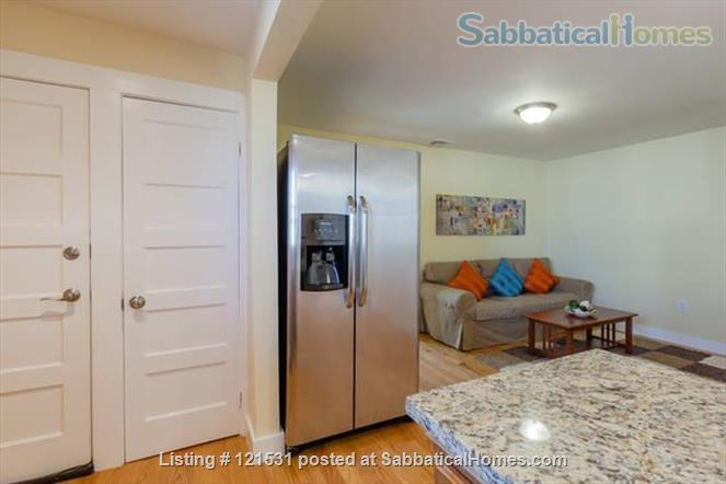 $3450 / 3br - 1000ft2 - Furn. Bright Apt with Central AC and Wifi nr Tufts! Home Rental in Medford, Massachusetts, United States 3