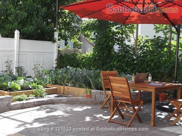 $3690 / 3br - 750ft2 - Pets Friendly Nr Harvard Apt w Backyard Garden! w UTILITIES. Home Rental in Somerville, Massachusetts, United States 8