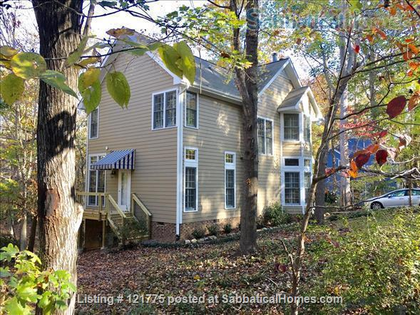 Charming 3 BR, 3 BA home five minutes to UNC, 20 min to Duke Home Rental in Chapel Hill, North Carolina, United States 9