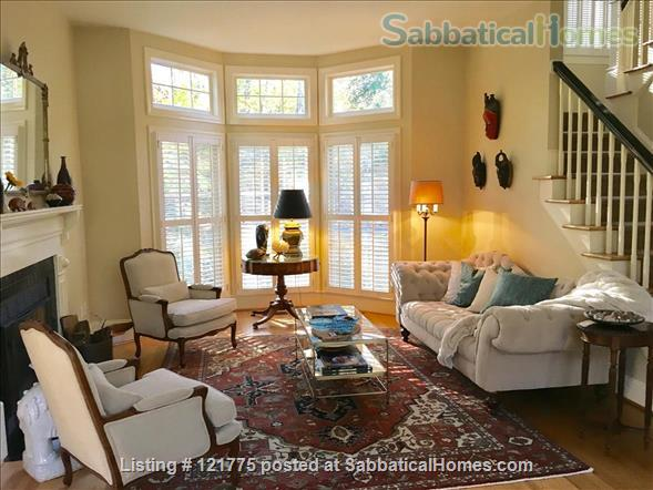 Charming 3 BR, 3 BA home five minutes to UNC, 20 min to Duke Home Rental in Chapel Hill, North Carolina, United States 0
