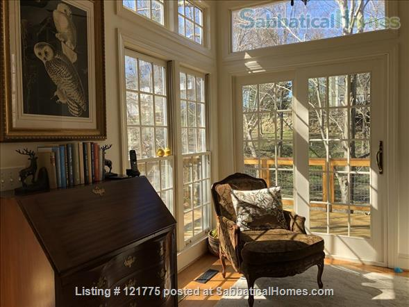 Charming 3 BR, 3 BA home five minutes to UNC, 20 min to Duke Home Rental in Chapel Hill, North Carolina, United States 3