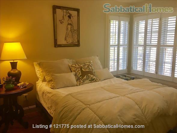 Charming 3 BR, 3 BA home five minutes to UNC, 20 min to Duke Home Rental in Chapel Hill, North Carolina, United States 7