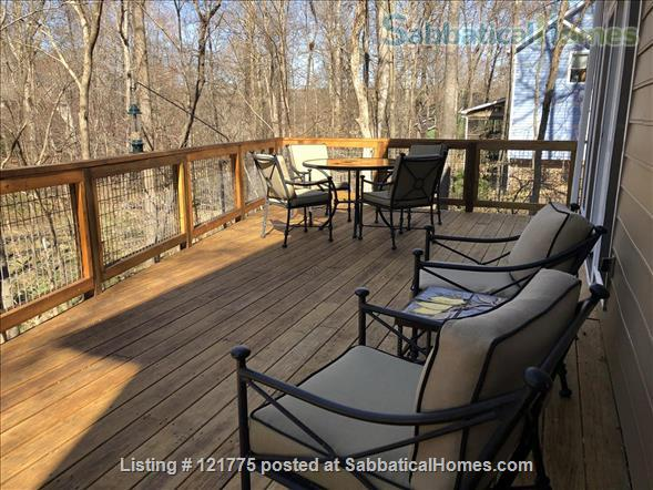 Charming 3 BR, 3 BA home five minutes to UNC, 20 min to Duke Home Rental in Chapel Hill, North Carolina, United States 8