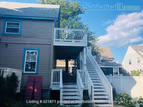 Updated oceanside apartment, 2 bedrooms, steps to the beach, weekly rental Home Rental in Old Orchard Beach, Maine, United States 1