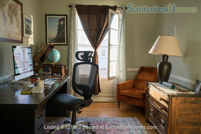 Spacious 1BR/1BA Apartment in Historic Neighborhood Home Rental in Los Angeles, California, United States 1