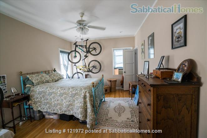 Spacious 1BR/1BA Apartment in Historic Neighborhood Home Rental in Los Angeles, California, United States 2
