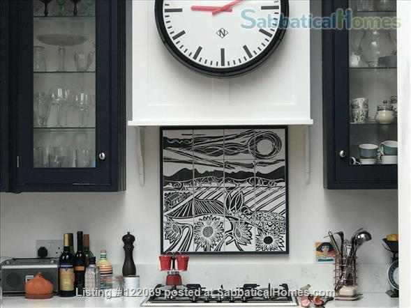 Garden apartment with 2 bedrooms in Edwardian village of Muswell Hill Home Rental in Greater London, England, United Kingdom 2