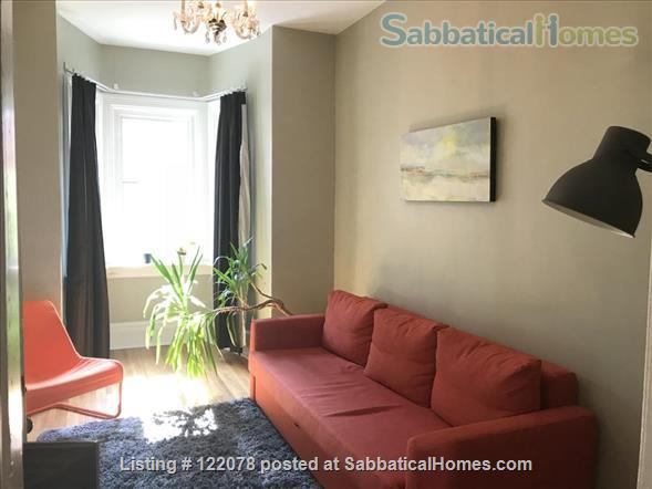 Victorian 1BR Apartment with Private Garden and Parking in Trinity-Bellwoods Home Rental in Toronto, Ontario, Canada 3