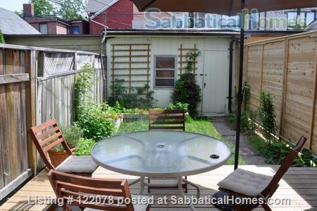 Victorian 1BR Apartment with Private Garden and Parking in Trinity-Bellwoods Home Rental in Toronto, Ontario, Canada 6