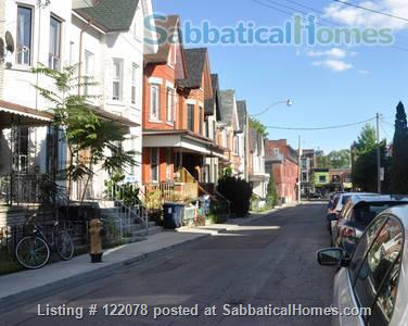 Victorian 1BR Apartment with Private Garden and Parking in Trinity-Bellwoods Home Rental in Toronto, Ontario, Canada 7