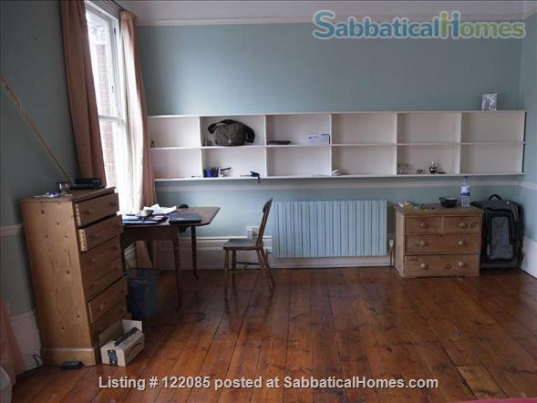 Unusually spacious room in very comfortable house with lovely garden  Home Rental in Stoke Newington, England, United Kingdom 0