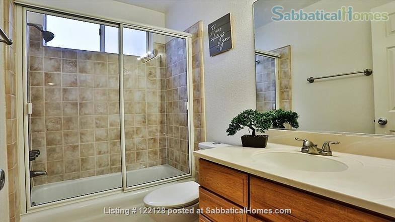 BEAUTIFUL SANTA MONICA, CA, 2 BEDROOMS, 2 BATHROOMS,  A/C AND HEATING Home Rental in Santa Monica, California, United States 9