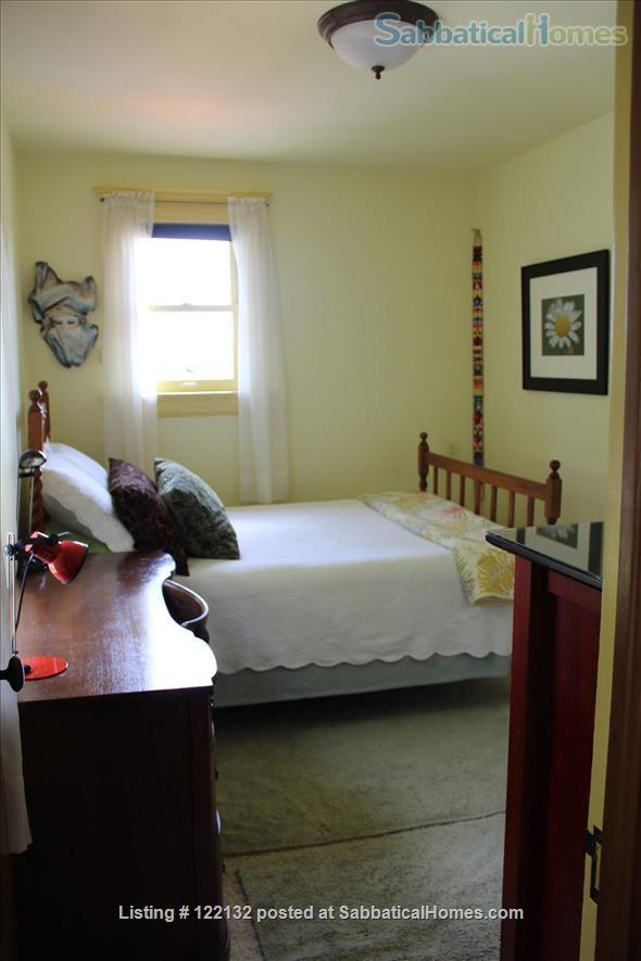 FURNISHED MORNING ROOM IN NORTH OAKLAND, CA CHARMER, 3 BLOCKS TO ASHBY BART Home Rental in Oakland, California, United States 2