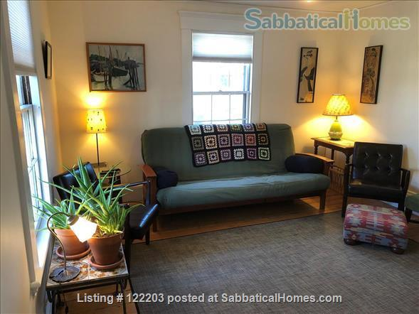Cambridgeport furnished 2 Bedroom near MIT, BU & Harvard Home Rental in Cambridge, Massachusetts, United States 1