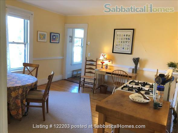 Cambridgeport furnished 2 Bedroom near MIT, BU & Harvard Home Rental in Cambridge, Massachusetts, United States 3
