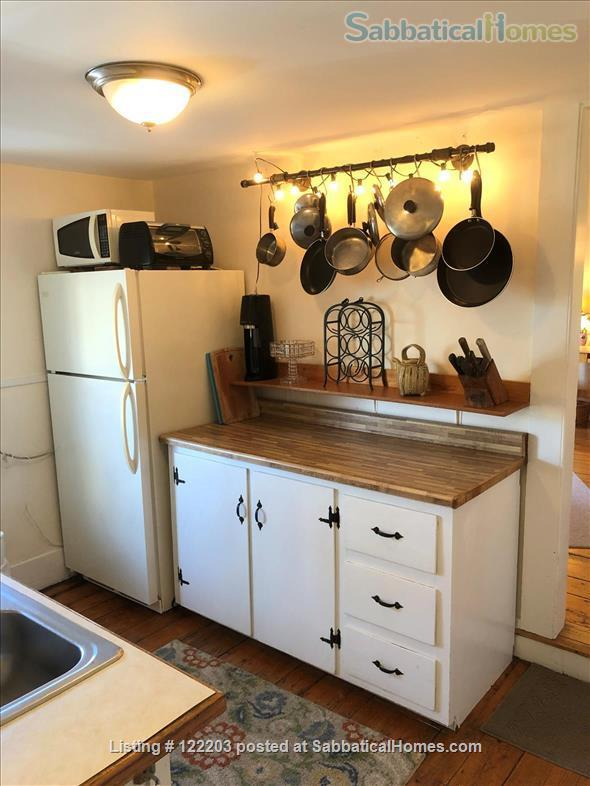 Cambridgeport furnished 2 Bedroom near MIT, BU & Harvard Home Rental in Cambridge, Massachusetts, United States 5