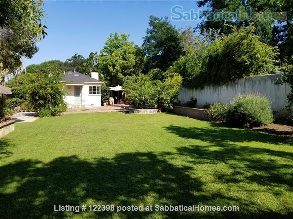 Quiet 2-Bedroom, 2-Bathroon fully furnished house in Altadena close to Caltech & JPL Home Rental in Altadena 9