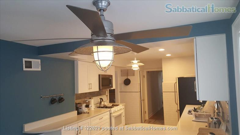 Spacious, Light-filled Furnished 4BD house with walkout balcony Skokie/Evanston /near Chicago Home Rental in Skokie, Illinois, United States 0